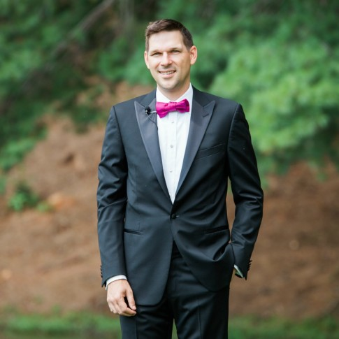 Groom portrait at Big Canoe GA
