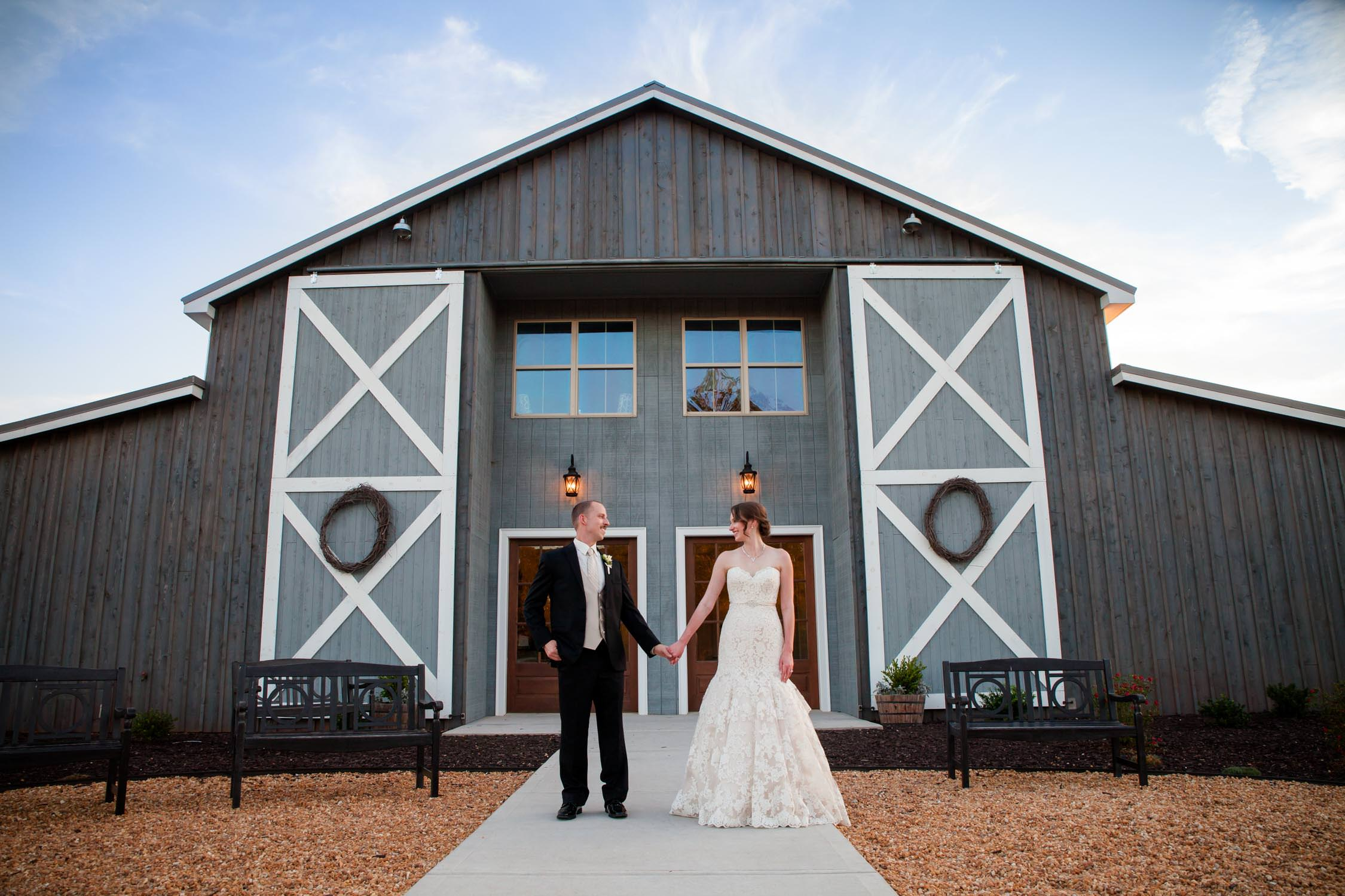 Grant Hill Farms wedding